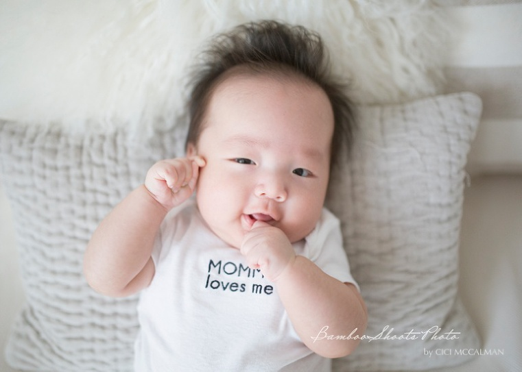 Baby photographer in Singapore captures the precious moments in life