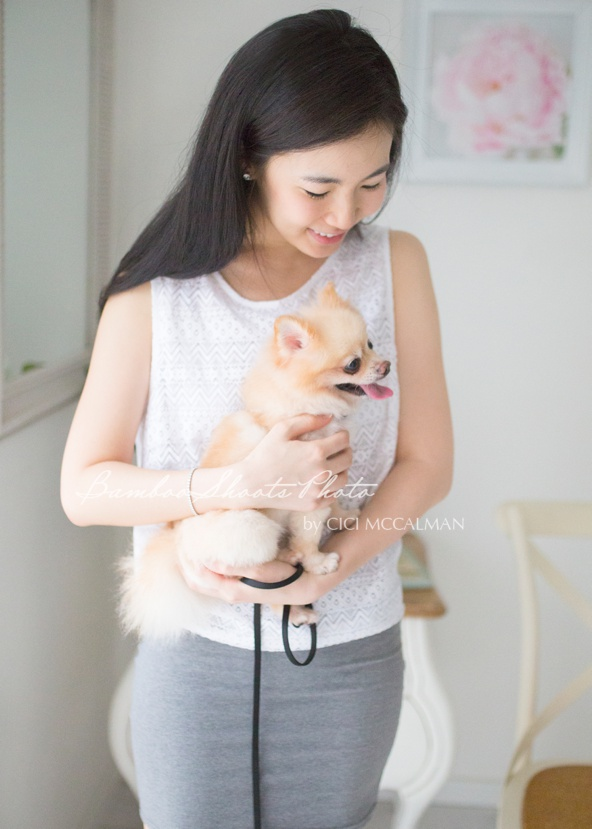 lifestyle photography with pet in Singapore is featured on the blog www.bambooshoots.com.sg/blog/